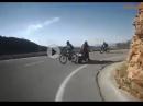 Radrennfahrer auf deiner Spur - Beinah Crash weil dumm ...