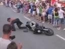 Rambo Burnout Harley Crash - peinlicher gehts nicht - Coole Socke *Rofl*