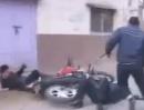 Rüde Polizeikontrolle: Hält die Bullerei Dich an, fang am besten keinen Ärger an
