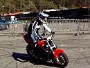 Motorrad Stuntgirl Sarah Lezito (19)