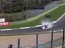 SBK 2006 - Troy Bayliss feiert in Imola seinen Superbike WM Titel mit einem zünftigen Burnout
