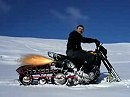 Schneeraupe an Motorrad - scheint zu funktionieren ;-)