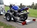 Trailer Absenker: schneller gehts nicht. Motorrad be- und entladen - Acebike Anhänger