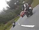 Schräges Mädel auf Kawasaki ZX-6R im Harz