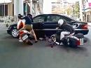 Scooter Crash - Im Trio das Blech vom Daimler zerkratzt