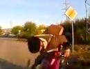 Scooter Crash - Russische Post: Besoffen und zielsicher