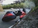 Scooter Crash: Rutscht das Vorderrad dir weg, liegt der Roller schnell im Dreck.