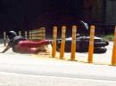 Scooter Crash: Zu schnell und mit den Handflächen gebremst