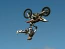 'Shaolin Backflip' Levi Sherwood SlowMotion Würdig von Red Bull Moments 2013
