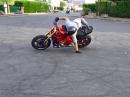 Speed Präzision Stuntriding Romain Jeandrot kontrollierte Hektik