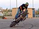 Speed Stunt: Circle Wheelie mit gespanntem Hahn - Könner