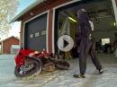 Winter Frust: Stell Dir vor, Du willst Motorrad fahren und es liegt Schnee