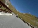 Stilfserjoch engagiert im Windschatten mit BMW K1300R