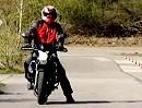 Stop and Go : Motorradführerschein Grundfahraufgabe