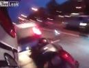 Nackte Wut: Prügel, Tritte, Crash Road Rage in Russland - Straßenkrieg: