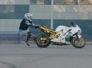 Stunt Crash - Motorrad muss eingefangen werden *rofl*