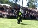 Stuntshow komplett auf Rasen! Simon MTZ