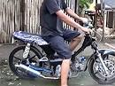 Superbike made in China, am Design wird noch gearbeitet, der Sound ist cool