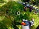Supermoto Crash: Zu früh am Gas, aufstehen und weiterkämpfen