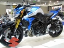 Suzuki GSR 750 2014 Sonderedition in blau-weiss