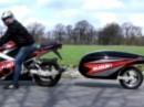Suzuki GSX-R 1000 mit Einradanhänger. Platz für Bier, Ziggis, Kamera, Reifen