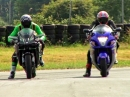 Suzuki Hayabusa 1340 vs. Kawasaki Ninja H2R | Moto Journal - Attacke
