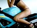 Takacs Bernadetta auf Gixer - Motorrad sein ist ein geiler Job