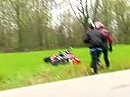 Das schlimmste und teuerste Geräusch für Motorradfahrer - Mann(Frau) vergisst es nie!