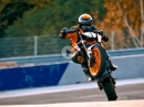 The Super Scalpel: KTM 890 Duke R 2020