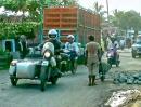 Timetoride Motorrad-Weltreise: Indonesien: Lebensmüde Busfahrer, Uralt-LKWs und der ganz normale tägliche Wahnsinn