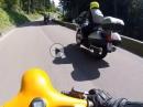 Timmelsjoch 'glühen' mit Vespa und Lambretta - cool ;-)
