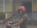 Trageform Motorradhelm - Beim aufsetzen ALLES verkehrt gemacht