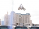 Travis Pastrana Sprung über 16 Greyhound Busse / Evel Live - Tribut an Evel Knievel