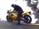 Triumph Daytona Burn the Rubber