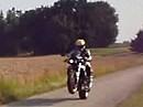 Triumph Daytona Streetfighter - Beschleunigungs-Wheelie