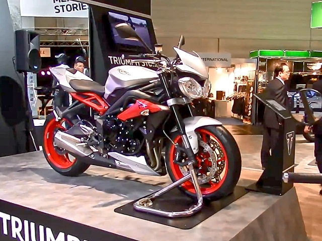 triumph street triple 675 rx rundgang intermot 14. Black Bedroom Furniture Sets. Home Design Ideas