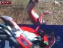 Übler Crash in Aragon: Nicky Hayden auf Ducati fliegt über Absperrung