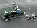 """Übler Motorroller Verkehrsunfall: """"f@@ck your god, you have a red"""" Unglaubliche Schutzengel!"""