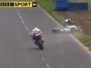 Ulster GP - Crash Guy Martin beim Dundrod 150 Superbike Rennen