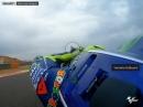 Valentino Rossi onboard Lap Aragon mit verletztem rechtem Bein
