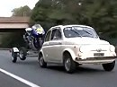 Valentinos Rossis Yamaha M1 Transport nach Indianapolis mit Fiat 500 :-)