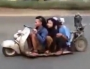 Vespa Scooter Umbau auf Lowrider aus Thailand. Perfekt ausgeführt :-)