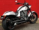Victory Hammer S 2010 - Power-Cruiser Customizing serienmäßig