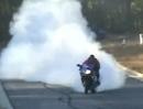 Vollgas Burnout mit Suzuki GSXR 1000 - Highspeed Gummivernichtung