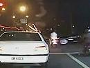 Vollidiot Motorroller Crash ... und alles spritzt hin und hilft - Danke!