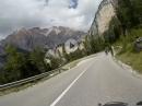 Von Cortina d'Ampezzo über Falzarego, Valperolapass mit viel Spaß