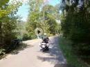 Thüringer Wald: Vorbei am Stausee Hohenwarte am Wikingerboot und nach Altenfeld