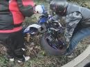 Wheelie Crash. Anfängerfehler und die Gixxer in die Hecke geschmissen