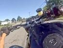 Wheelie Crash: Fahr Du vor, ich mach ein Wheelie und film dich ...