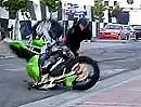 Wheelie Crash - Gehts über 90° Grad hinaus, bedeutet das ein schnelles Aus.